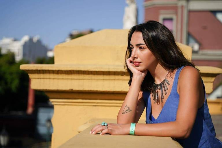 A atriz argentina Thelma Fardin que denunciou o ator Juan Darthés de estupro ocorrido em 2009 na Nicarágua. Darthés se mudou para o Brasil, onde nasceu, e é considerado foragido pela Interpol