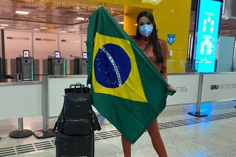 Julia Gama embarca para quarentena antes do Miss Universo 2020