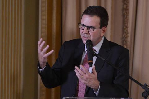 Impeachment de Bolsonaro é perda de tempo; vamos ganhar no voto, diz Paes