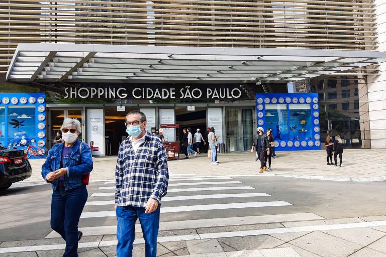 Comércio reabre em São Paulo