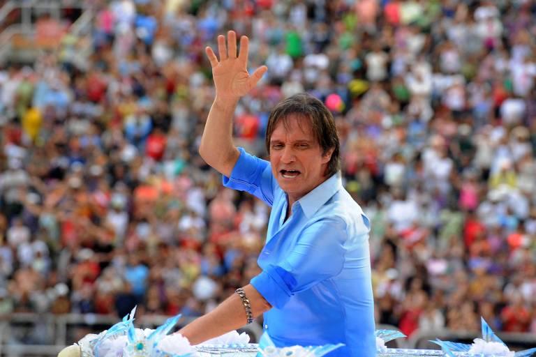 Falta alguém na festa de aniversário de Roberto Carlos: o aniversariante