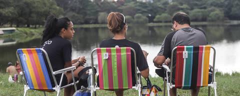 (210327) -- SAO PAULO, 27 marzo, 2021 (Xinhua) -- Personas se reúnen frente al parque Ibirapuera, en Sao Paulo, Brasil el 27 de marzo, 2021. (Xinhua/Rahel Paterosso) (rp) (oa) (ra) (dp)