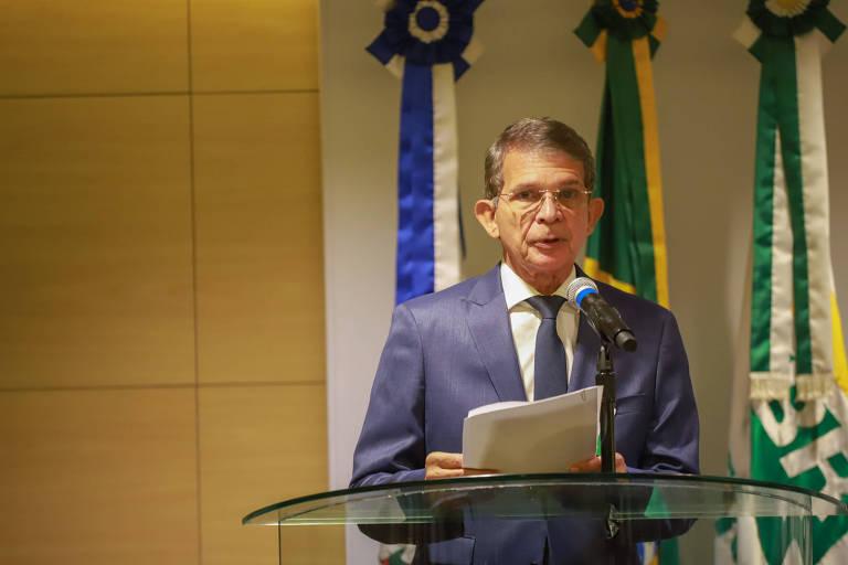 General da reserva e novo presidente da Petrobras, Joaquim Silva e Luna, tomou posse nesta segunda-feira (19)