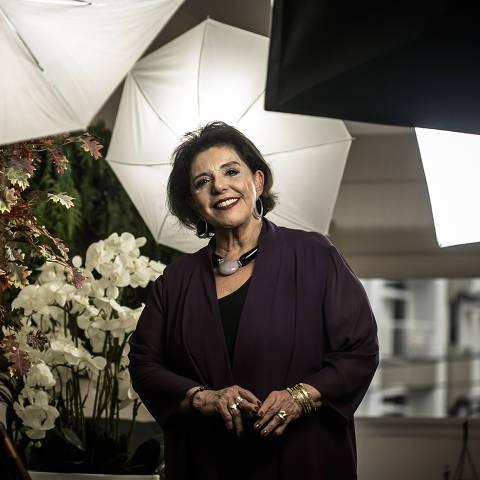 SÃO PAULO, SP, 06.11.2019 - A jornalista Leda Nagle durante entrevista em seu apartamento, no bairro Jardins, em São Paulo. (Foto: Keiny Andrade/Folhapress)