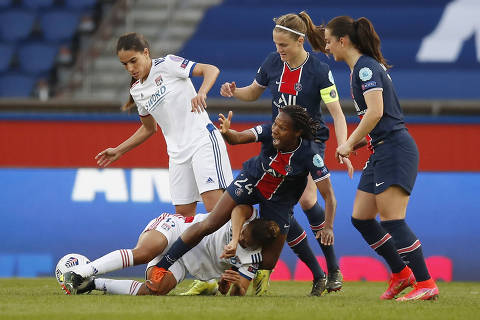 Soccer Football - Women's Champions League - Quarter Final First Leg - Paris St Germain v Olympique Lyonnais - Parc des Princes, Paris, France - March 24, 2021 Paris St Germain's Formiga REUTERS/Gonzalo Fuentes