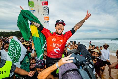 Gabriel Medina comemora vitória na etapa de North Narrabeen da WSL