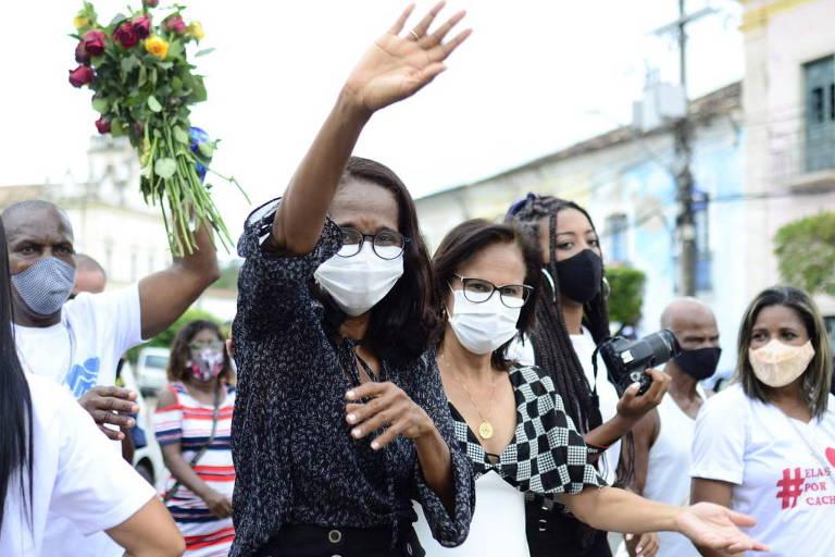 Prefeita de Cachoeira, na Bahia, Eliana Gonzaga é alvo de ameaças e sofre pressão por renúncia