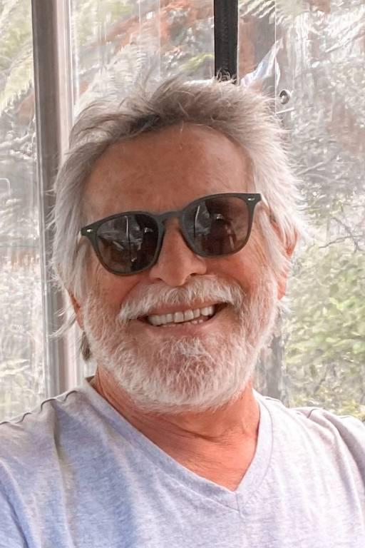 Imagens do ator José de Abreu