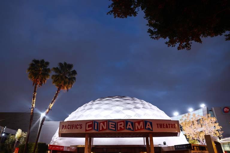 Estrelas se unem para tentar salvar cinemas históricos de Hollywood na pandemia