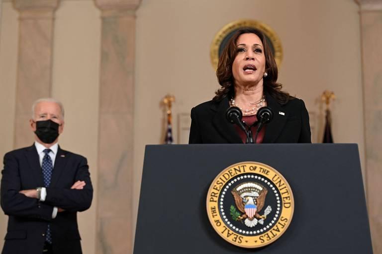 Kamala Harris faz pronunciamento após veredicto de Derek Chauvin, e presidente Joe Biden acompanha sua fala