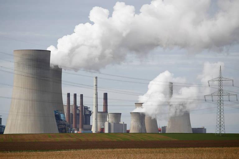 UE fecha acordo para reduzir emissões de gases do efeito estufa em 55% até 2030