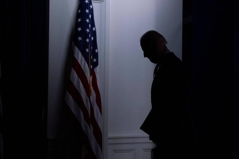 Joe Biden após anúncio na Casa Branca, em Washington, sobre campanha de vacinação contra a Covid-19 no país