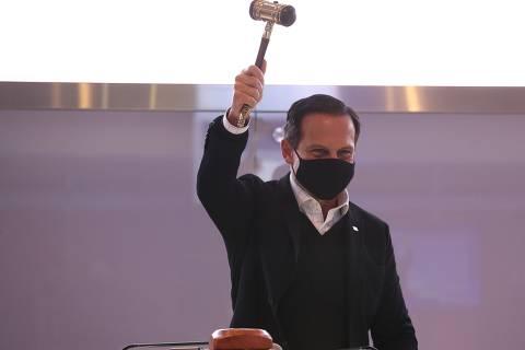 Idiota é Bolsonaro, diz Doria após declaração de presidente sobre quem fica em casa por causa da pandemia