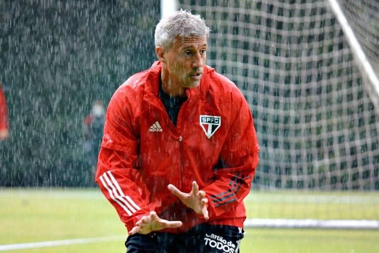 Hernán Crespo conseguiu fazer o São Paulo jogar neste início de trabalho
