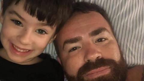 O menino Henry Borel, morto aos 4 anos na Barra da Tijuca, no Rio de Janeiro, e o pai Leniel Borel ORG XMIT: LOCAL2103181804881824