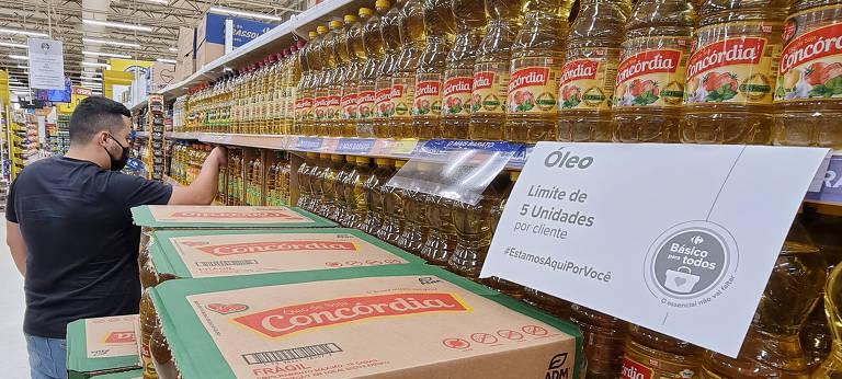 Preço do óleo de soja sobe mais de 90% em 12 meses em São Paulo
