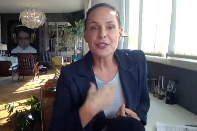 Programa She is the boss, de Carolina Ferraz, no YouTube