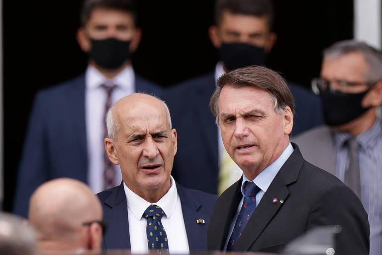 Em áudio vazado, general Ramos diz que tomou vacina escondido, vê risco à vida de Bolsonaro e tenta convencê-lo a se imunizar