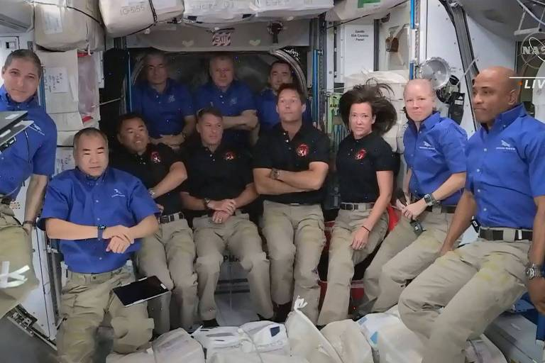 Cápsula reciclada da SpaceX leva nova tripulação à Estação Espacial Internacional
