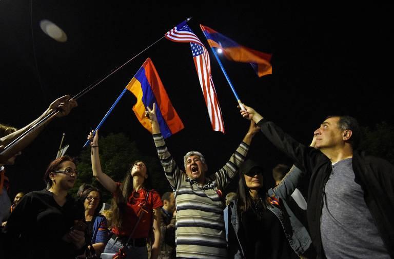 Biden reconhece massacre de armênios como genocídio e irrita Turquia