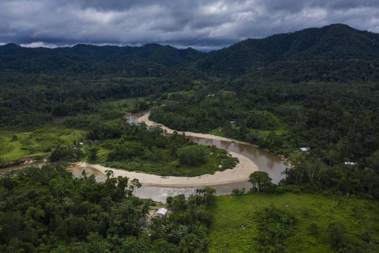 Rodovia ameaça região de maior biodiversidade do Brasil, no Acre