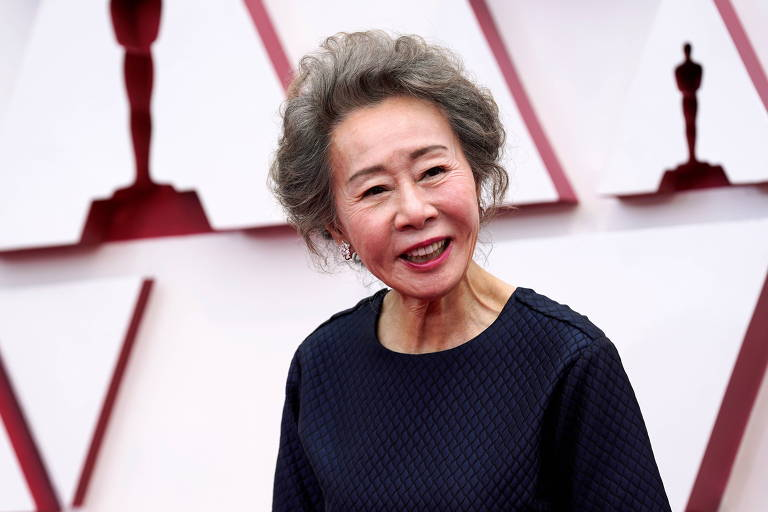 Coreana Youn Yuh-jung faz história e leva Oscar de melhor atriz coadjuvante