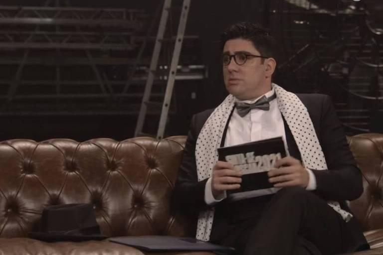 Marcelo Adnet como José Wilker