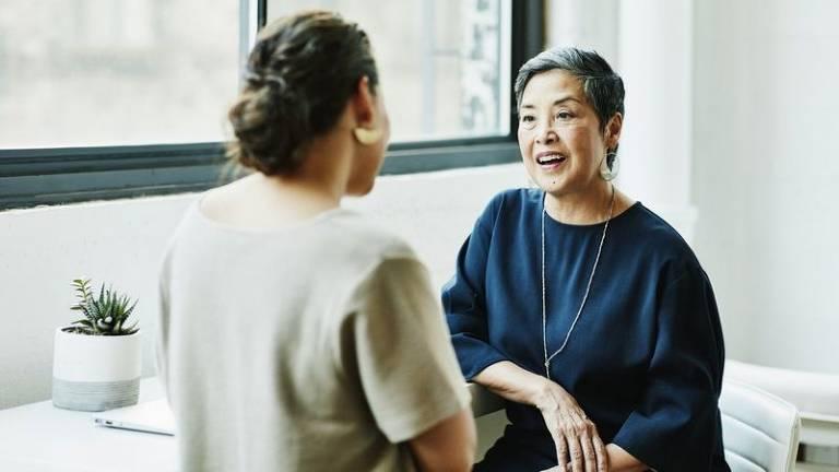 A técnica de imitação linguística pode ser útil tanto em ambientes profissionais quanto na vida pessoal
