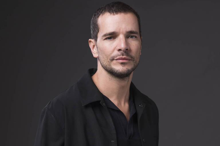 Mario Frias é inimigo da cultura, diz Daniel de Oliveira sobre ex-colega de 'Malhação'