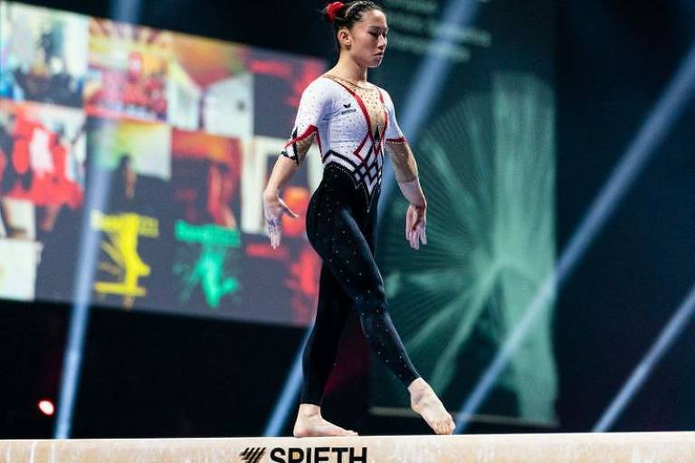 Kim Bui também competiu com um traje completo em Basel