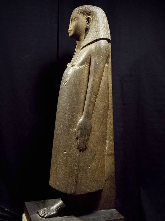 A verdadeira razão pela qual as estátuas do Egito têm os narizes quebrados