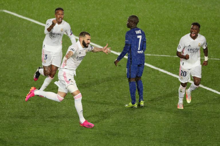 Karim Benzema comemora seu 71º gol na Champions League