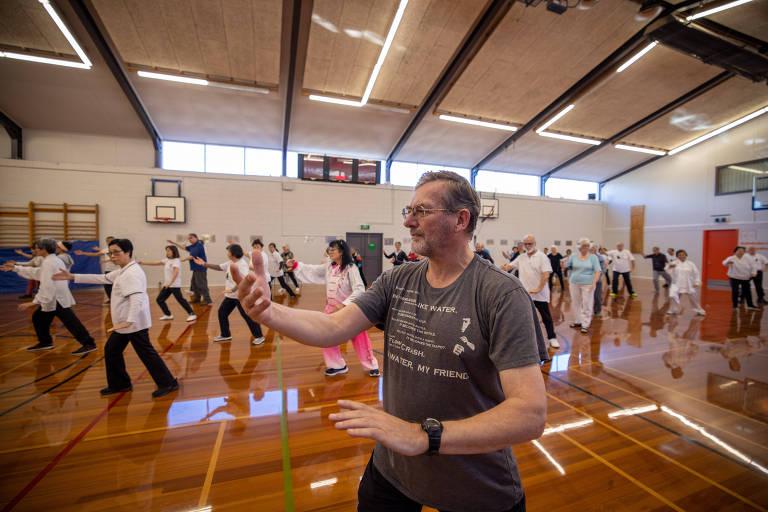 Referência no combate à Covid, Nova Zelândia encara problemas de saúde mental no pós-pandemia
