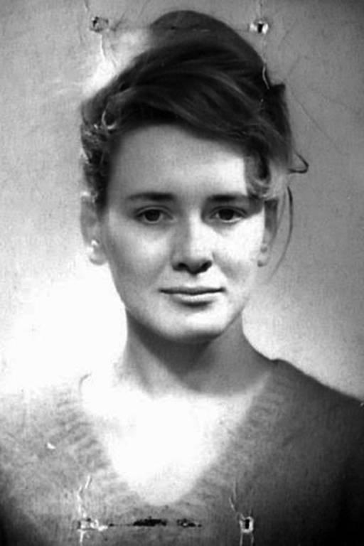 """Conheça Annie Ernaux, autora de """"O Lugar"""""""