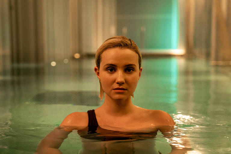 Em 'The Girlfriend Experience', atriz brasileira interpreta prostituta de luxo