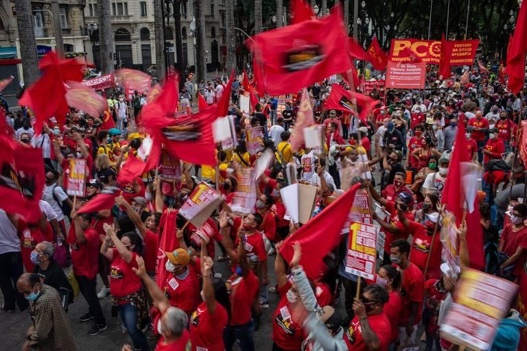 Dia do Trabalhador tem protesto contra Bolsonaro e live com Lula, Boulos e Ciro por vacina e auxílio