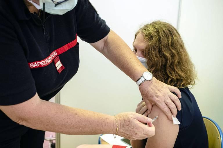 Mundo deve produzir 11,9 bi de vacinas neste ano