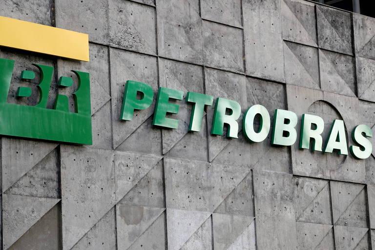 Petrobras recua e aprova nova eleição de conselho