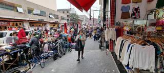 MOVIMENTACAO DO COMERCIO POPULAR EM SAO PAULO