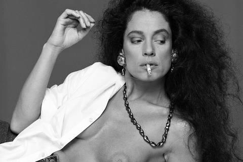 Sônia Braga em 1987. A foto faz parte do livro que celebra os 50 anos do fotógrafo Bob Wolfenson (Foto: Bob Wolfenson - 2010/Divulgação)