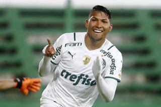 Copa Libertadores - Group A - Defensa y Justicia v Palmeiras