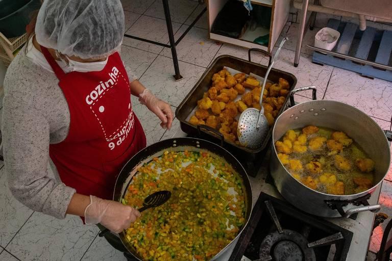 Cozinha da Ocupação 9 de Julho entrega marmitas via delivery