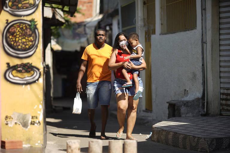 Operação policial no Jacarezinho, no Rio, deixa mortos e baleados em metrô