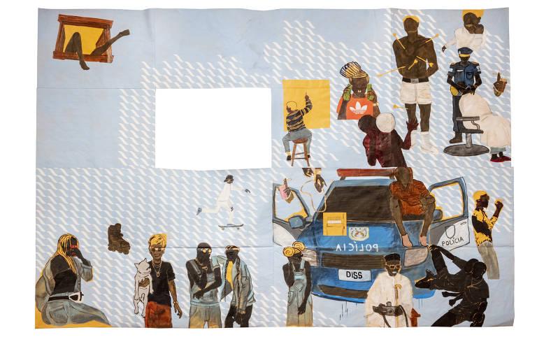 Obra em papel pardo com fundo azul claro mostra uma série de personagens negros; há também um espaço vazado