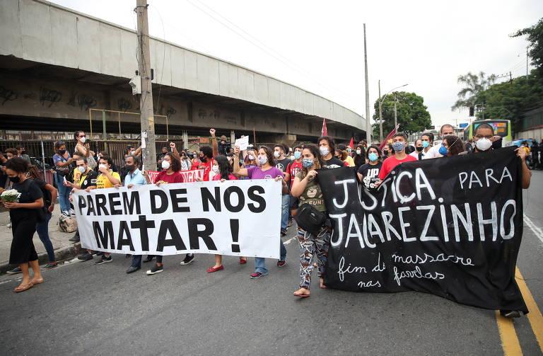 Protesto no Rio após 25 mortes no Jacarezinho e manifestação do MTST em SP; veja fotos de hoje