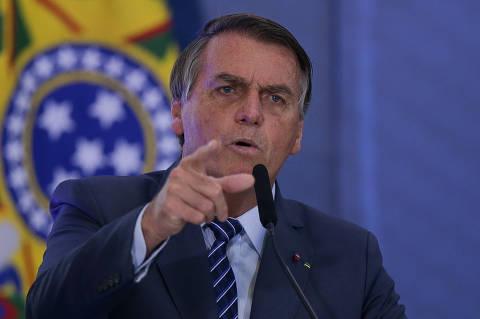 'Renan tem moral para querer prender alguém?', diz Bolsonaro após bate-boca na CPI da Covid
