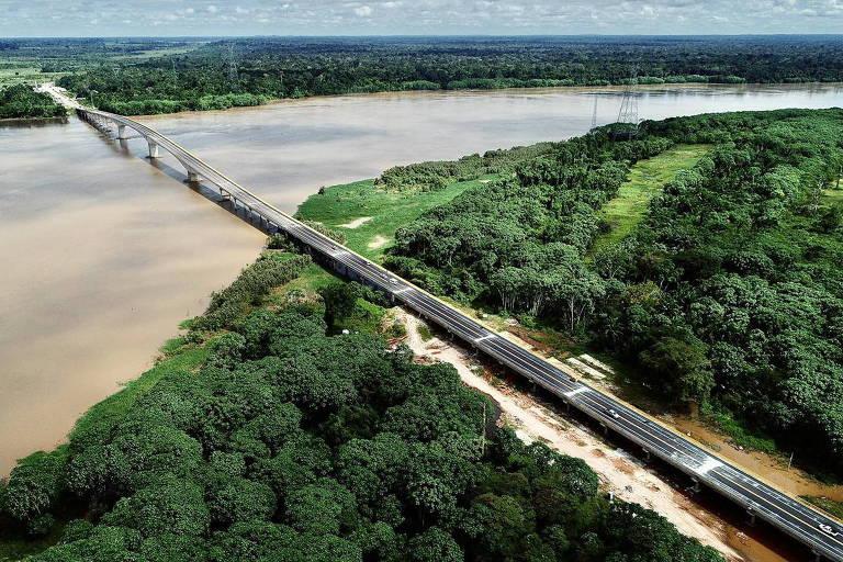 Ponte que diminui de 3 horas para 1 minuto acesso do Acre ao restante do país é inaugurada