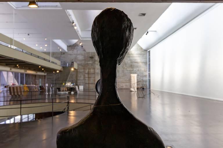 MAM-Rio lança olhar crítico sobre acervo de 16 mil obras na mostra 'Estado Bruto'