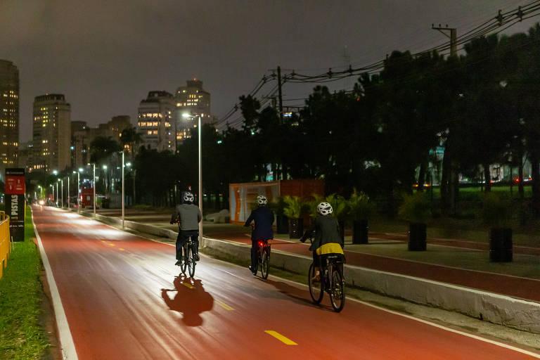 Trecho da ciclovia do rio Pinheiros ganha iluminação inteligente