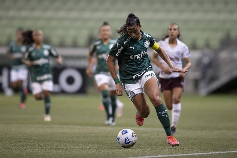 Beatriz Zaneratto durante partida do Palmeiras no Campeonato Brasileiro Feminino